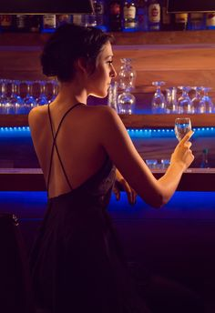 The girl at the bar by Claude Lee Sadik / Photography Women, Editorial Photography, Portrait Photography, Fashion Photography, Fotografia Social, Cocktail Photography, Bar Model, Foto Pose, Glamour