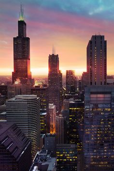 Willis Tower Sunset, Chicago, United States
