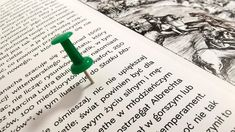 Wprowadzając tekst do komputera, warto zadbać samemu o wykonanie jego wstępnej korekty, natomiast żadną miarą nie należy rezygnować z profesjonalnej korekty stylistycznej i redakcji językowej, co niestety staje się... Nalu, Lego, Office Supplies, Legos