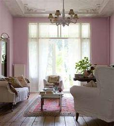 #designdrops * Parede rosa:nesta sala o romantismo impera, não só no tom da parede, como nos móveis com referências clássicas.
