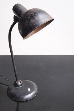 ORIGINAL KAISER IDELL TABLE LAMP