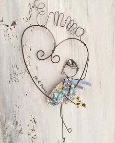 """Mi piace"": 216, commenti: 21 - Daniela Corti•Wire & Textile (@filidipoesia) su Instagram: ""Miss Liberty  Flowers in a grey day  P'tit cadeau de naissance"""