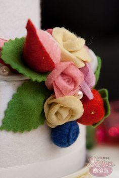 Felt wedding cake, via Flickr.