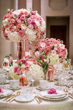 Simple Wedding Decorations, Wedding Table Centerpieces, Floral Centerpieces, Simple Weddings, Reception Decorations, Wedding Themes, Floral Arrangements, Centrepieces, Floral Wedding