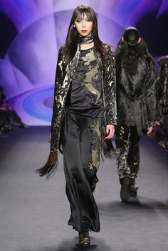 Anna Sui RTW Fall 2014 - Slideshow - Runway, Fashion Week, Fashion Shows, Reviews and Fashion Images - WWD.com