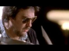 Traveling Wilburys - She's My Baby