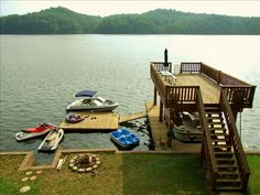 Would love to live on the lake & have a deck like this! Would love to live on the lake & have a deck like this! The post Would love to live on the lake & have a deck like this! appeared first on Architecture Diy. Lake Dock, Lake Beach, Boat Dock, Haus Am See, Lake Cabins, Cabin On The Lake, The Lake House, Lakefront Property, D House
