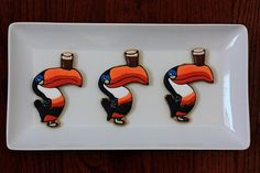 Guinness Toucan Cookies for St. Patrick's Day! (includes instructions)