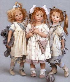 Gotz Dolls - Hildegard Gunzel - Sarah Lou Are these the most adorable dolls, or what? Bjd Doll, Gotz Dolls, Reborn Dolls, Reborn Babies, Dolls Dolls, Dollhouse Dolls, Miniature Dolls, Ikea Dollhouse, Victorian Dollhouse
