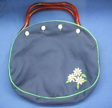 DeLanthe Bermuda Bag Lucite Handles Navy Blue Cover Daisies