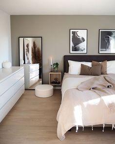 Apartment Bedroom Decor, Room Ideas Bedroom, Home Bedroom, Decor Room, Simple Bedroom Decor, Aesthetic Room Decor, Home Room Design, Beautiful Bedrooms, House Rooms
