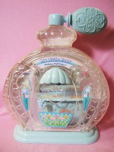 Poof 'n' Puff Perfume Palace Retro Toys, Vintage Toys, Polly Pocket, Retro Aesthetic, Childhood Toys, My Little Pony, Palace, Nostalgia, Perfume Bottles