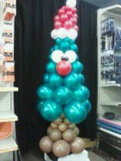 Balloon Christmas trees with faces! how cute is this. Call make it special and order yours today!