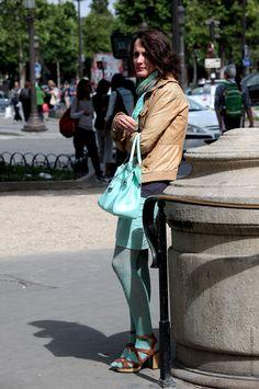 tan + mint -  Paris.