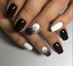 Brown and white manicure design - LadyStyle
