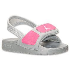 Toddler Nike Shoes, Toddler Nikes, Toddler Girl, Baby Kids, Luxury Baby Clothes, Kids Slide, Cute Baby Shoes, Baby Girl Names, Toddler Fashion