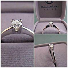 Hermoso anillo de compromiso! By Alida Joyas