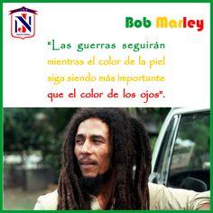 Robert Nesta Marley Booker, más conocido como #BobMarley, fue un músico, guitarrista y compositor jamaicano.