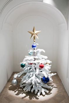 Phillipe Parreno,For Eleven Months of the Year it's An Artwork and in December it's Christmas