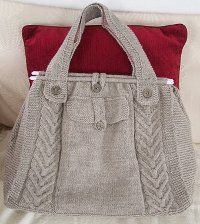 Cute knitted tote for all those knitting projects! Free pattern from allfreeknitting.com makes it even better!!