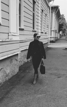 Autumnal lookbook. Black leather jacket, knitted dress, red boots, Ted Baker bag.