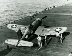 Aviation worldwar II, Corsair of Fighting Squadron VF 10 spotted on the flight deck of the aircraft carrier Enterprise CV 6 on March Ww2 Aircraft, Fighter Aircraft, Aircraft Carrier, Military Aircraft, Aircraft Images, Navy Aircraft, Fighter Pilot, Fighter Jets, Uss Enterprise Cv 6