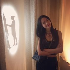 Yoona at 'Chanel' Mademoiselle Privé exhibition Seoul😍😍 Sooyoung, Yoona Snsd, Kpop Girl Groups, Kpop Girls, Japanese Fashion, Korean Fashion, Yuri, Jessica Jung, Mademoiselle