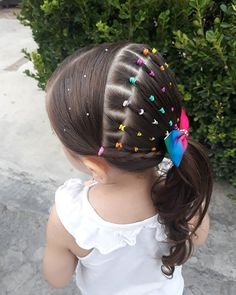 🦄🌈 El estilo de hoy 🌈💙💛💖 💕 today's style 💕 #lilblondielovesrainbows 💕 💕 💕 #peinadosdeniñas #photographyhair #kidshairstyles #kidshair… Rubber Band Hairstyles, Braided Hairstyles, Spa Day Party, Girl Hair Dos, Cute Little Girl Hairstyles, Crazy Hair Days, Princess Hairstyles, Toddler Hair, Blue Hair