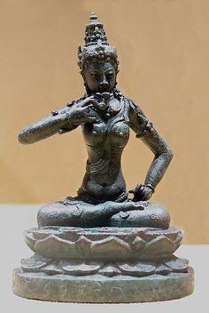 Search the Metropolitan Museum& Collection Online. Asian Sculptures, Indonesian Art, Javanese, Buddhist Art, Museum Collection, Metropolitan Museum, Deities, Buddha, Bronze