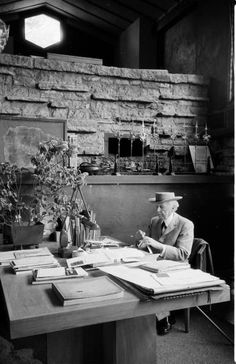 Frank Lloyd Wright (June 8, 1867 – April 9, 1959) Photo by Alfred Eisenstaedt, 1937