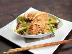 Watch the video Fast Teriyaki Chicken and Soba Noodles on Yahoo News . For a fast meal, Rachael makes teriyaki sauce for chicken and soba noodles. Make Teriyaki Sauce, Teriyaki Chicken, Sauce For Chicken, Chicken Recipes, Chicken Meals, Turkey Recipes, Soba Recipe, Food Network Recipes, Cooking Recipes