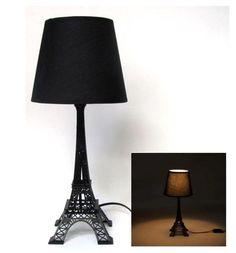 Aquele Mimo que Falta Para Você! Abajur Torre Eiffel, última peça em nossa queima de estoque. Presente ideal para sua decoração ;)