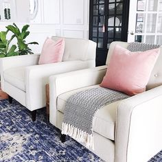 Celebrating our first 70-degree day of the year with a pop of pink in the living room! I kind of feel like I'm coming out of hibernation! Hope you had a wonderful day! . . . . . http://liketk.it/2ve55 @liketoknow.it #liketkit #LTKhome #livingroomdecor #howyouhome #sharemysquare #currenthomeview #livingroomdesign #whitedecor #pinkflashesofdelight #woodsandwhiteswednesday #brightboldhome #styleithappy #lovelyinteriors #myeclecticmix #simplystyleyourspace #mytargetsty