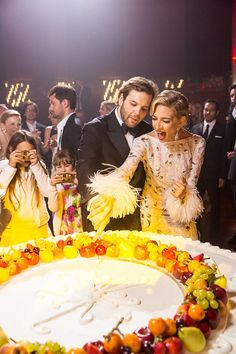 A look at jewelry designer Sabine Ghanem and financier Joseph Getty's wedding at Castello Odescalchi in Rome. Italian Wedding Cakes, Unique Wedding Cakes, Unique Weddings, Cake Wedding, Summer Wedding, Dream Wedding, Vogue Photo, Vogue Wedding, Italy Wedding