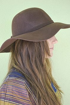 Floppy Hat In Brown : Shady and Katie