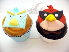 Angry Birds Space Cupcakes - by Caketutes Cake Designer