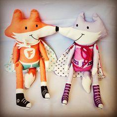 Cut & sew fabrics by Happy Sew Lucky. Fab Fox: http://www.spoonflower.com/fabric/731186, Fab Foxetta: http://www.spoonflower.com/fabric/872032