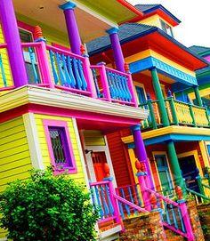 Beautiful Colors Of The Rainbow! Taste The Rainbow, Over The Rainbow, World Of Color, Color Of Life, All The Colors, Vibrant Colors, Paint Colours, Yoga Studio Design, Colourful Buildings
