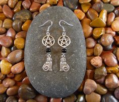 Black Onyx Cat Pentagram Earrings Use coupon code PINTEREST10 to get 10% off your order at starshinebeads.com