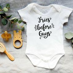 Baby onesies - She leaves a little sparkle wherever she goes - Baby shower gift, baby girl onesie