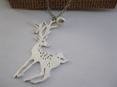 rhodium-plated deer pendant & alloy chain