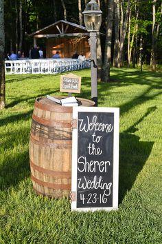 Planner: Angela Proffitt Venue: Saddle Woods Farm, Nashville Photographer: Summer Herlocker Photography