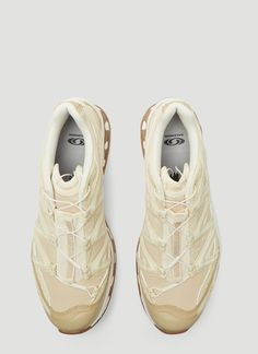Salomon beige XT-Quest ADV Sneakers in textile, made in China. Men's Shoes, Shoe Boots, Shoes Sneakers, Casual Sneakers, Sneakers Fashion, Devil Wears Prada, Outdoor Fashion, Fresh Shoes, Sneaker Heels