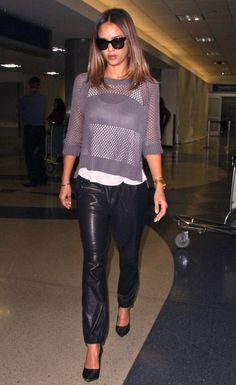 2 Flattering and Comfortable Leather Pants Styles You Should Try Out This Fall