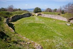 Ruins at the Etruscan site of Rosellae - Exploring Grosseto, the capital of #Maremma Tuscany
