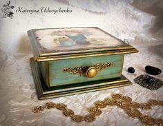 Jewelry box. Decoupage.