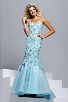 Sherri Hill prom and pageant dresses for those who really want to showcase elegance, beauty and femininity. Shop the Sherri Hill gowns online today! High Fashion Dresses, Party Dresses For Women, Sherri Hill Prom Dresses, Homecoming Dresses, Bridesmaid Dresses, Blue Mermaid Prom Dress, Mermaid Wedding, Mermaid Gown, Mermaid Dresses