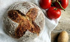 Chléb se syrovými bramborami – Vůně chleba Sourdough Bread, Food, Art, Yeast Bread, Art Background, Kunst, Gcse Art, Meals, Art Education Resources
