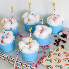Birthday Treats, Girl Birthday, Birthday Parties, Party Cakes, Party Favors, School Cupcakes, School Parties, Food Gifts, Mini Cupcakes