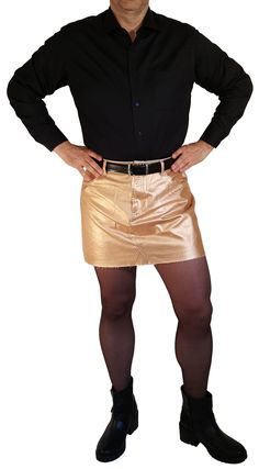 Gold metallic skirt with belt Guys In Skirts, Boys Wearing Skirts, Short Skirts, Denim Skirt, Leather Skirt, Leather Jacket, Man Skirt, Dress Skirt, New Mens Fashion